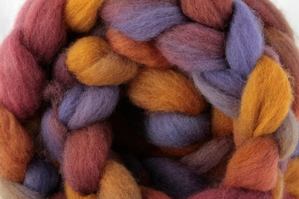New Zealand Halfbred wool roving, overdyed natural colours: Harvest Home over natural Light Grey - HeavenlyWools