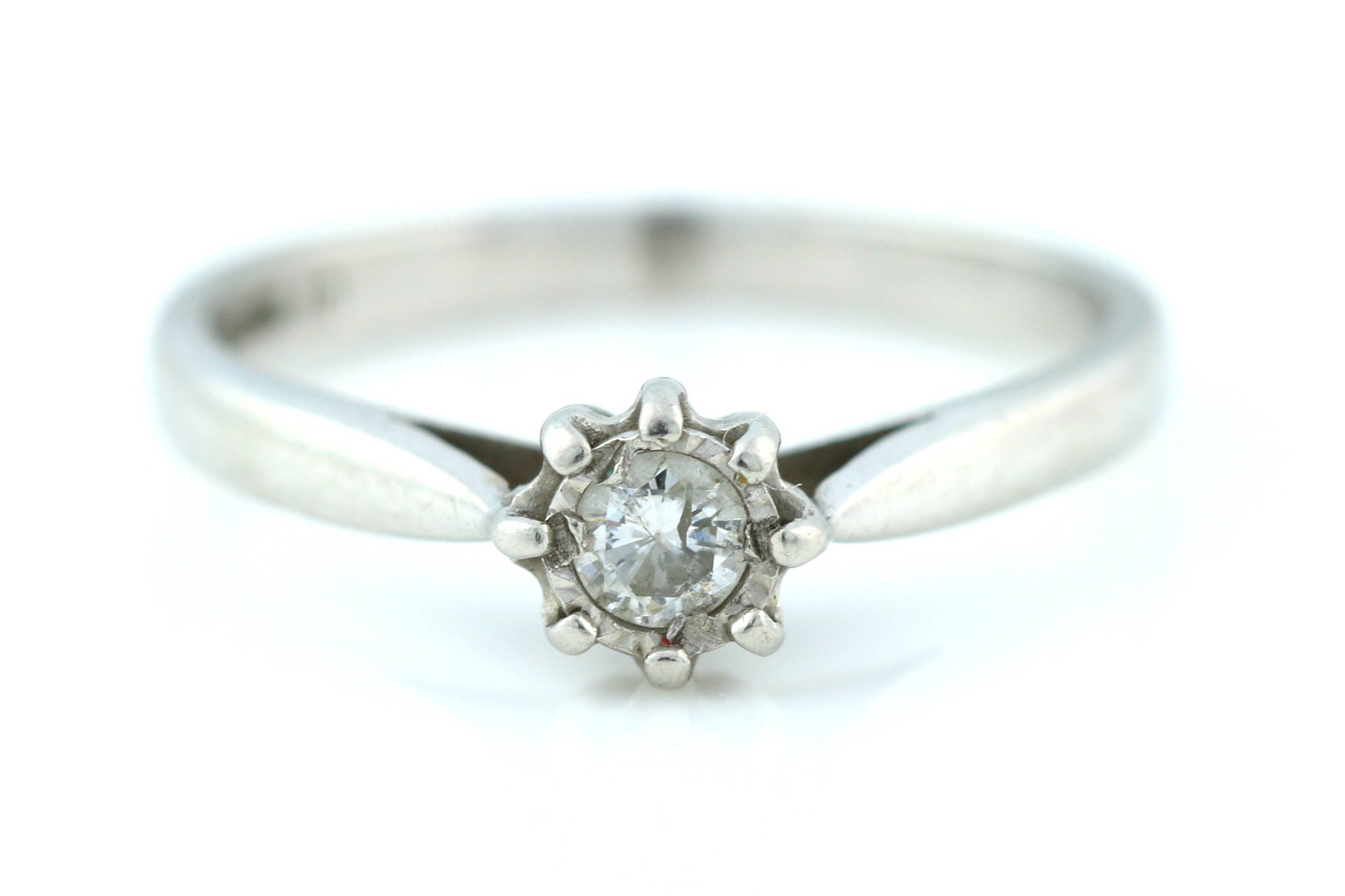 Vintage Platinum 0.10ct Diamond Solitaire Ring Platinum Diamond Engagement Ring