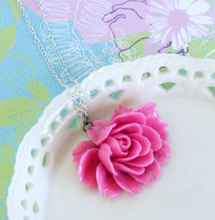 Simple Pink Rose Floral Necklace