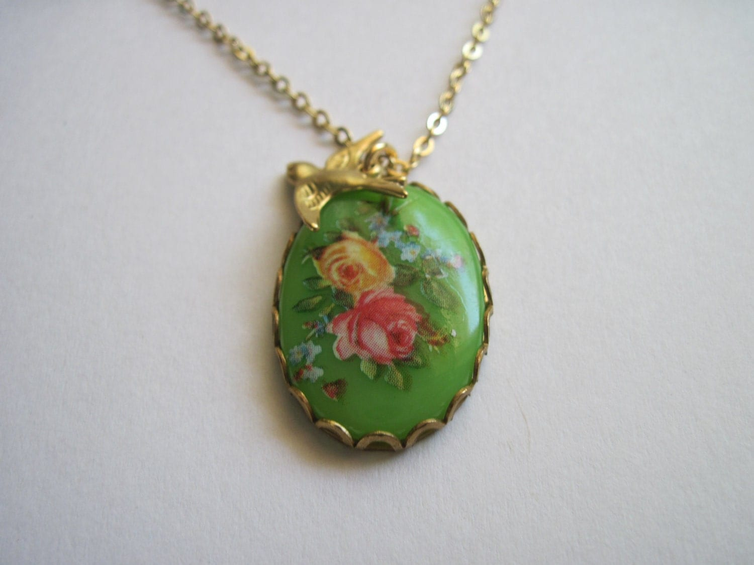 Green flower cameo charm necklace