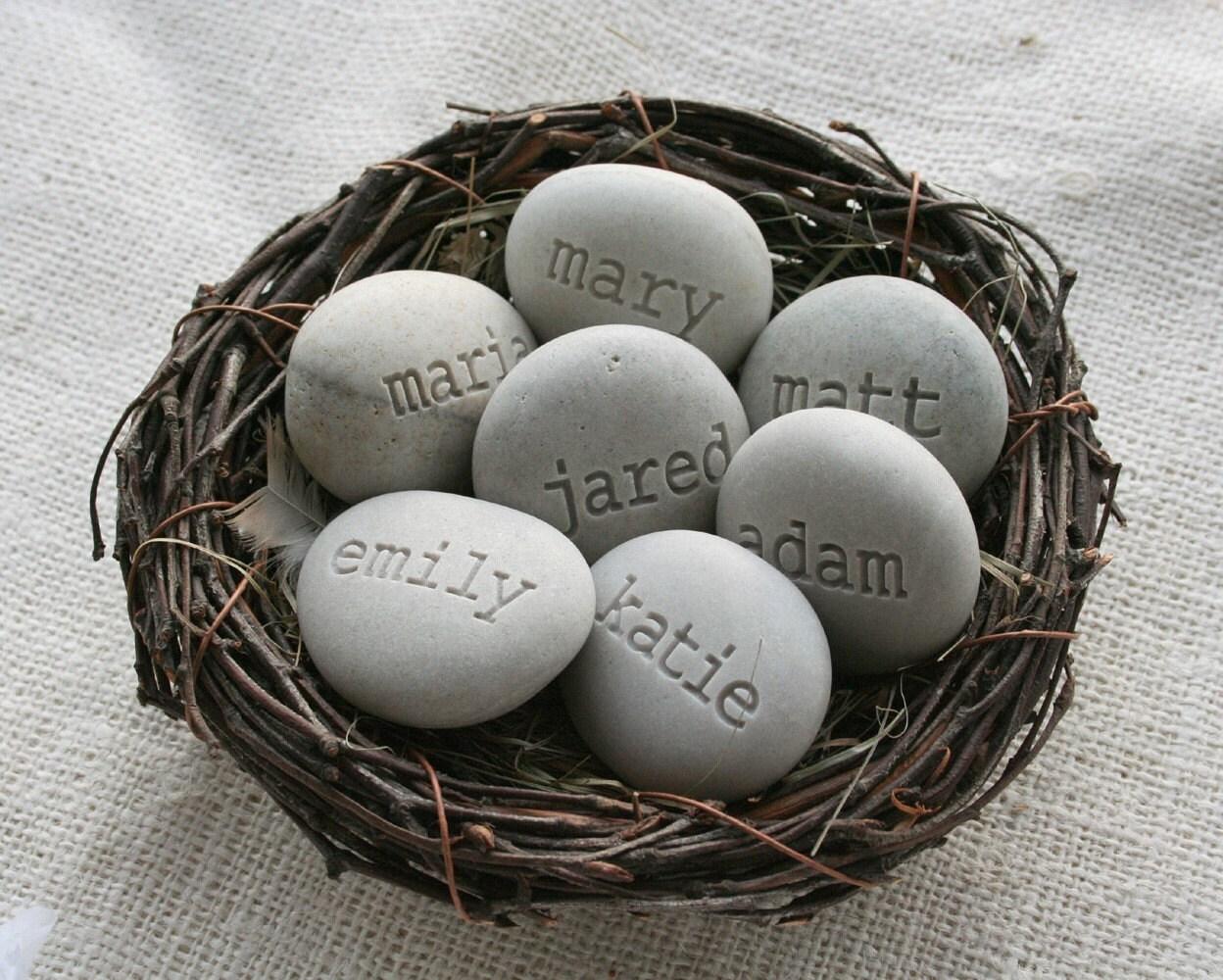 Mom's Nest - Set of 7 name stones in bird nest
