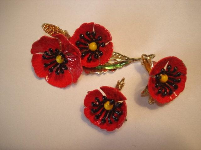 Wow Red Poppy Flowers Brooch Clip Earrings Set