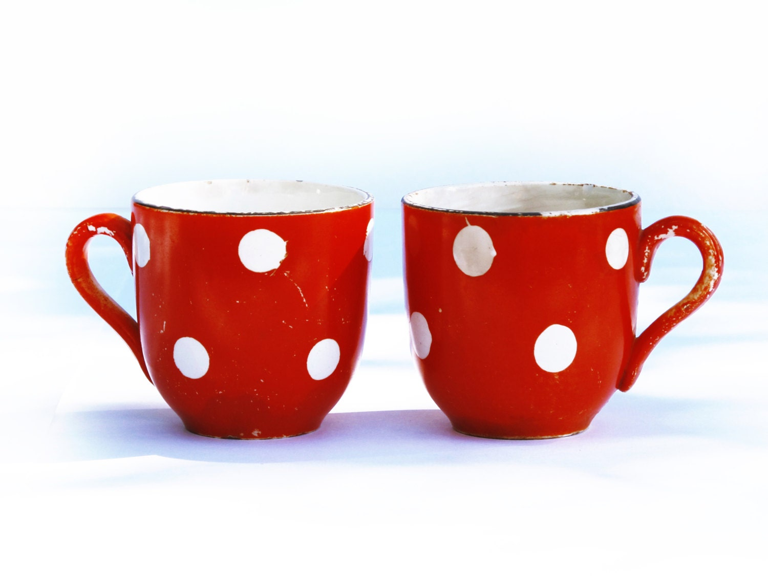 Set of 2 Pretty french  vintage cafe au lait cup and a milk pot,Confetti from DIGOIN with red and white geometrical pattern, polka dots - FrenchMelody