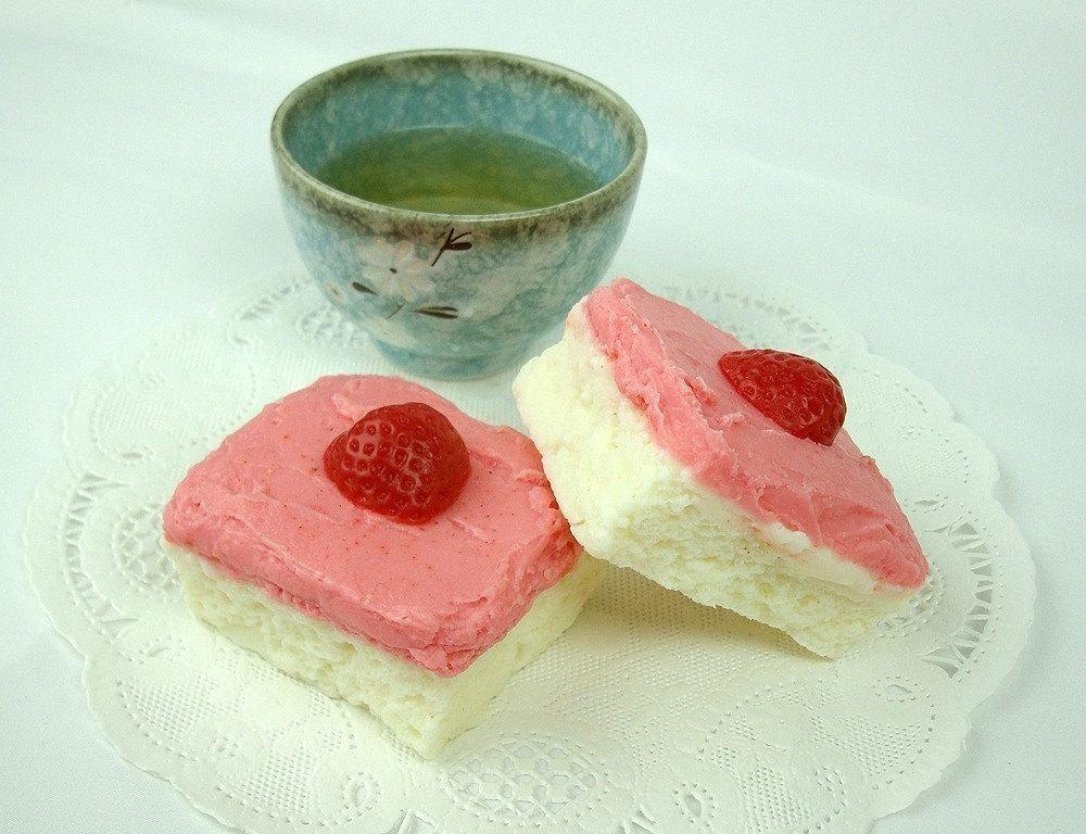 Strawberry Cake - Goat's Milk Soap Bar