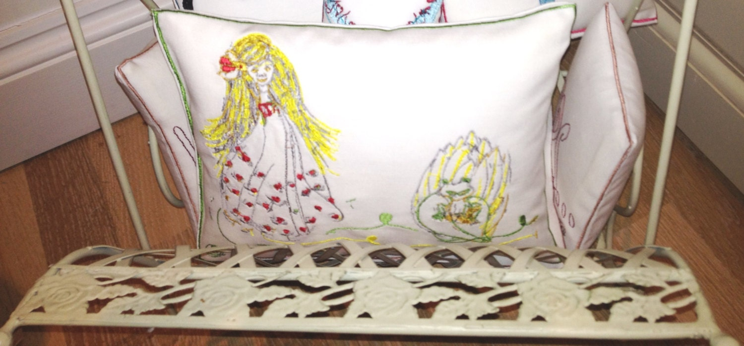 Heart Princess and the Frog-Artistic Textured Embroidery - Throw Cushion