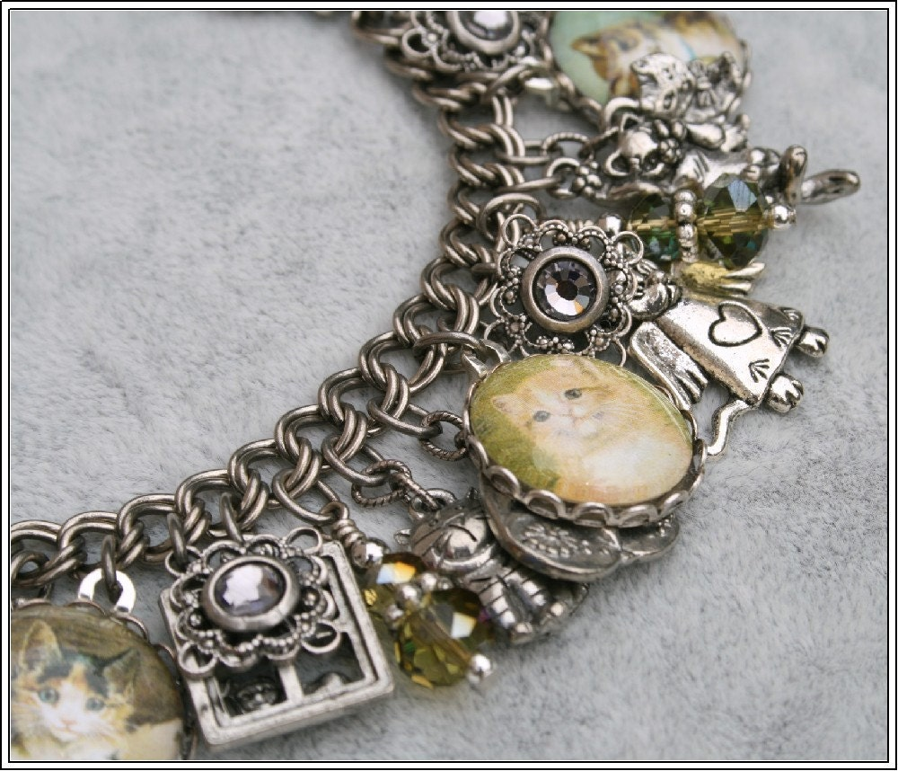 Cats Leave Pawprints on your Heart,  Vintage Inspired Charm Bracelet