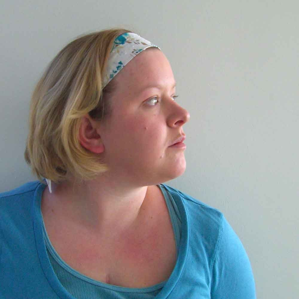 Retro style spring headband Head scarf in Swiss Dottie
