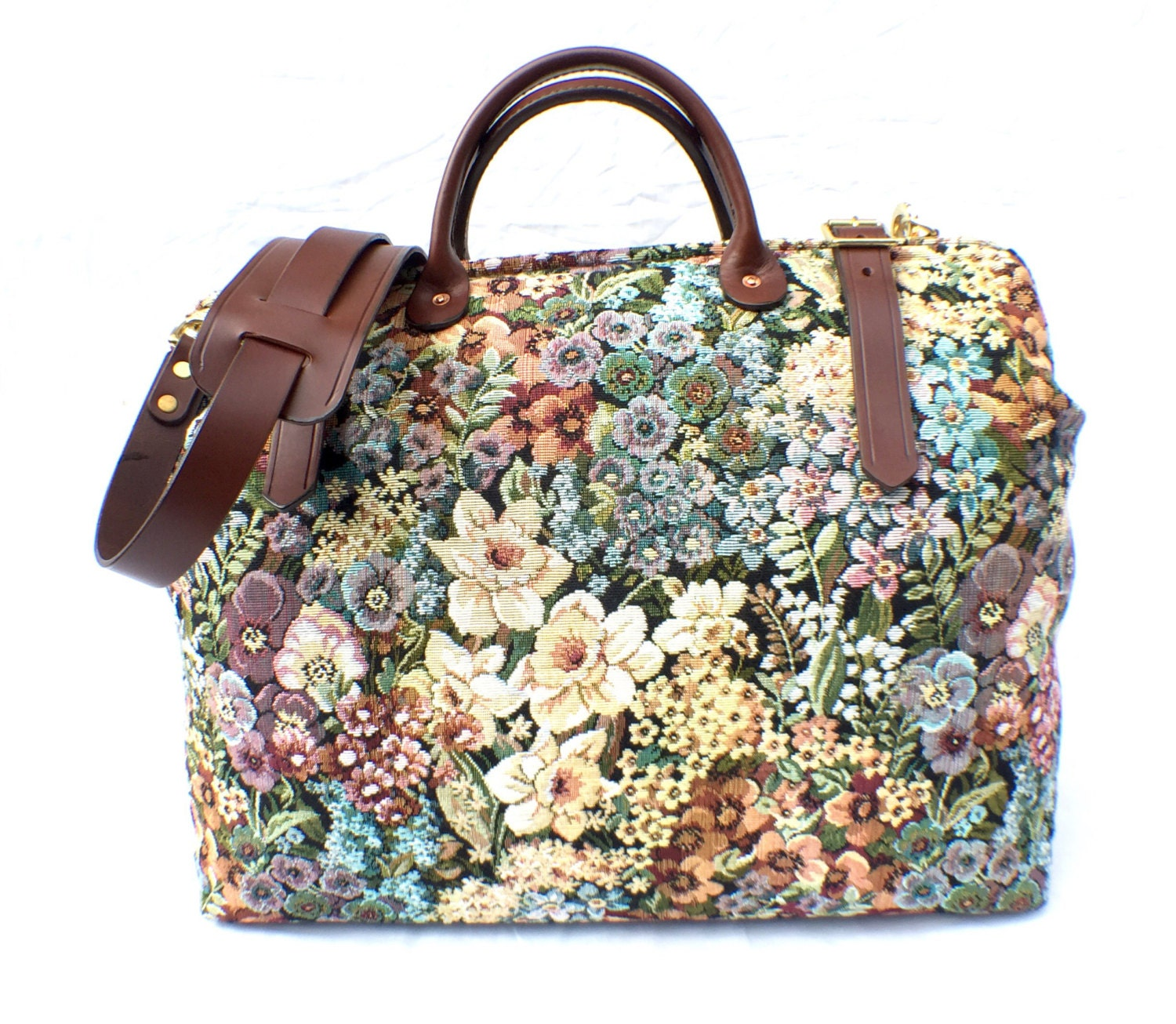 Mary Poppins Floral Carpet Bag Weekender  Overnight  Carry on Carpet bag