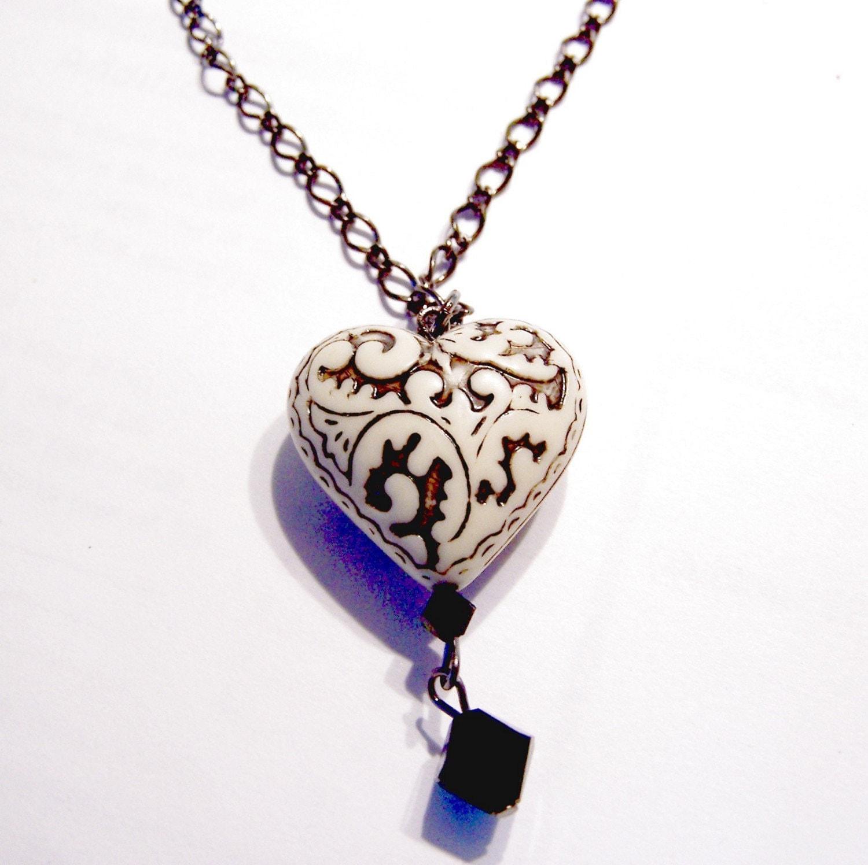 » Necklaces «