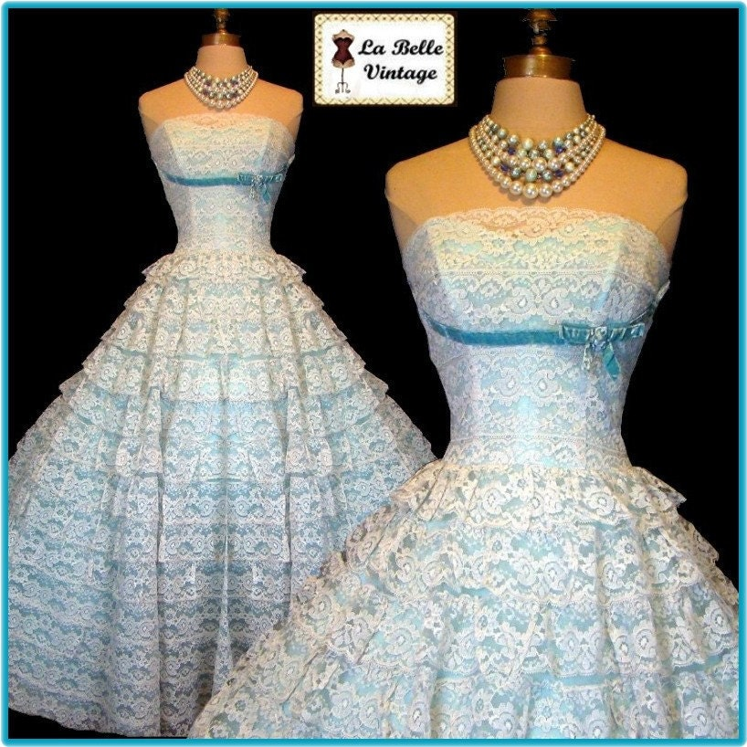 Vintage 50s White Lace AquaTealTurquoise Velvet Bow Strapless Cupcake