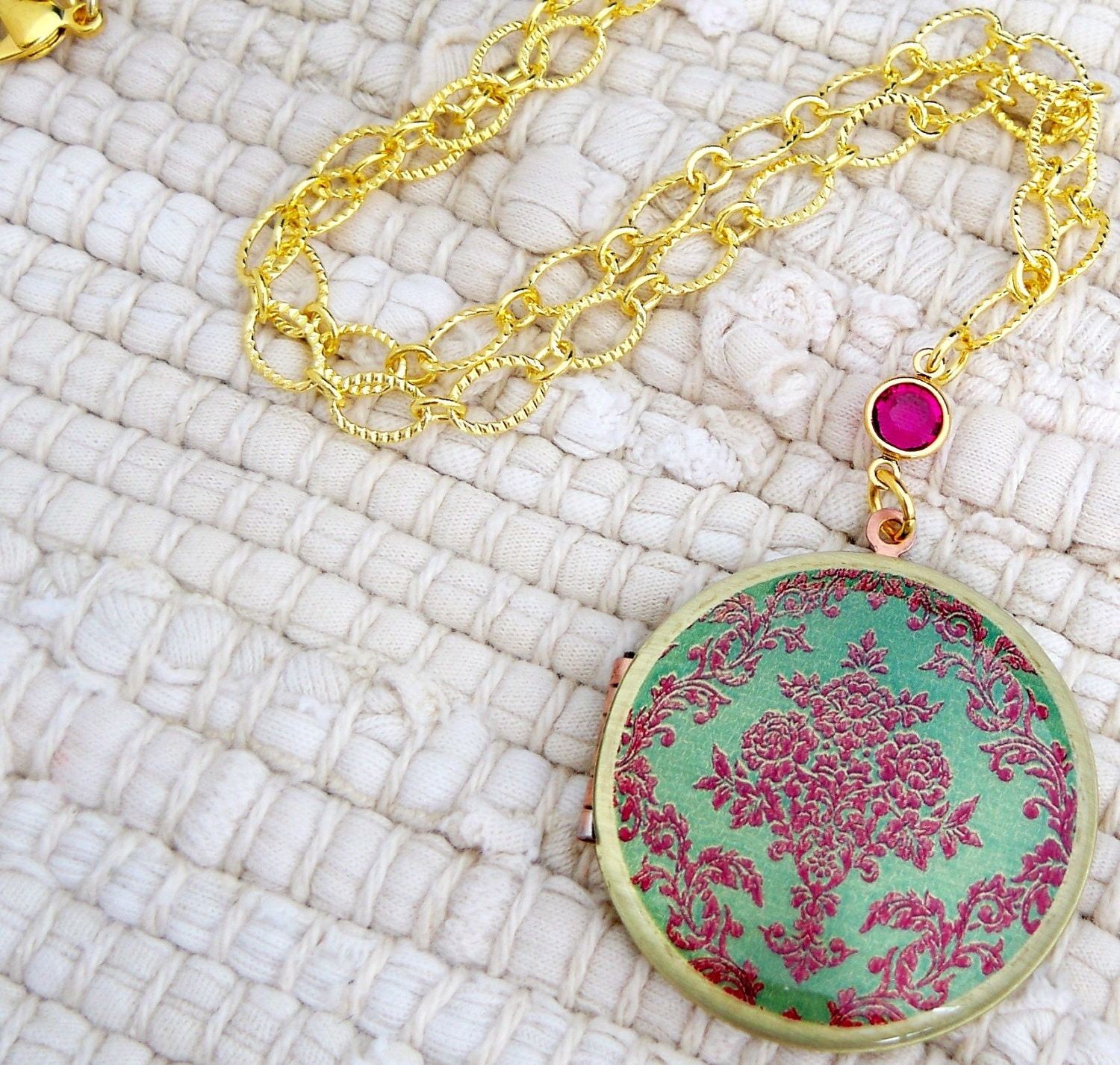 SALE The Vintage Floral Damask Brass Gold Art Locket Necklace