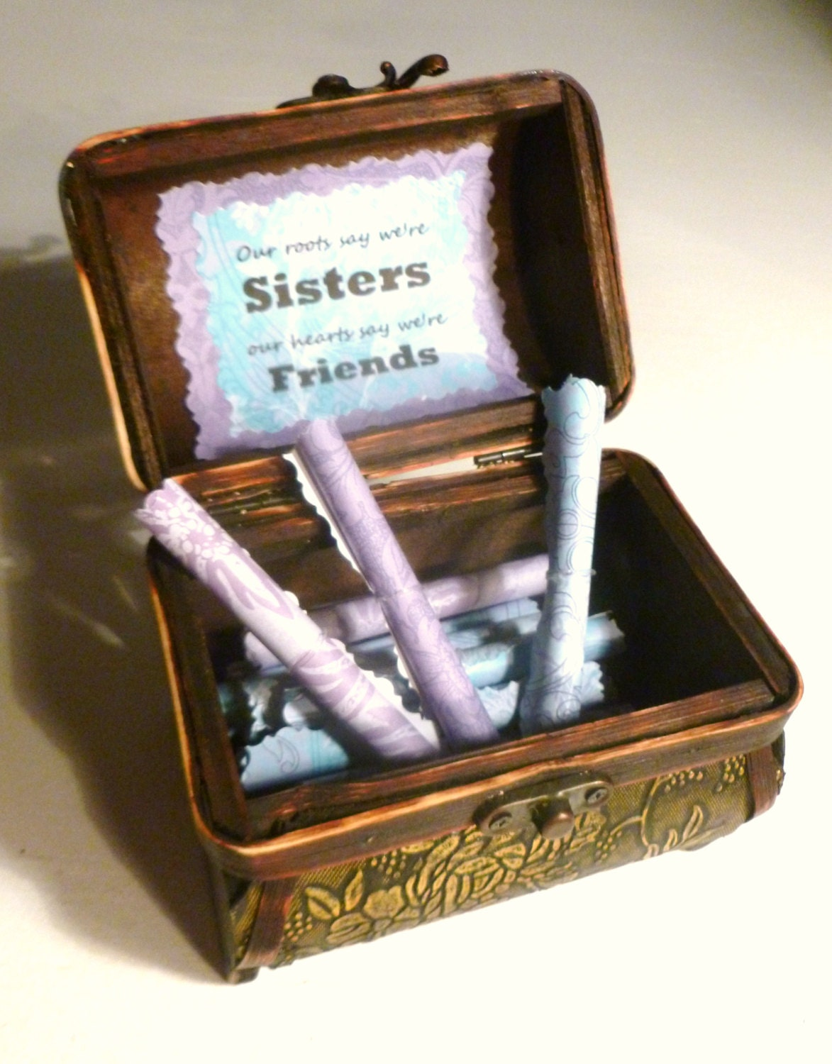 Sister Scrolls Wood Chest Of 21 Heartfelt Quotes About Sisters A Unique And Meaningful