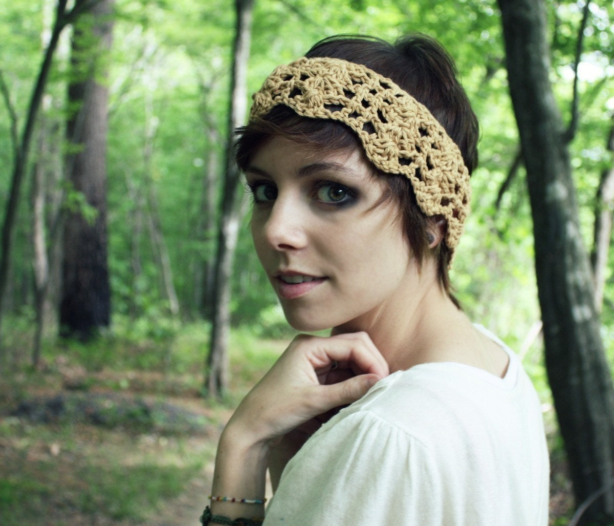 Cream Crocheted Headband With Vintage Button