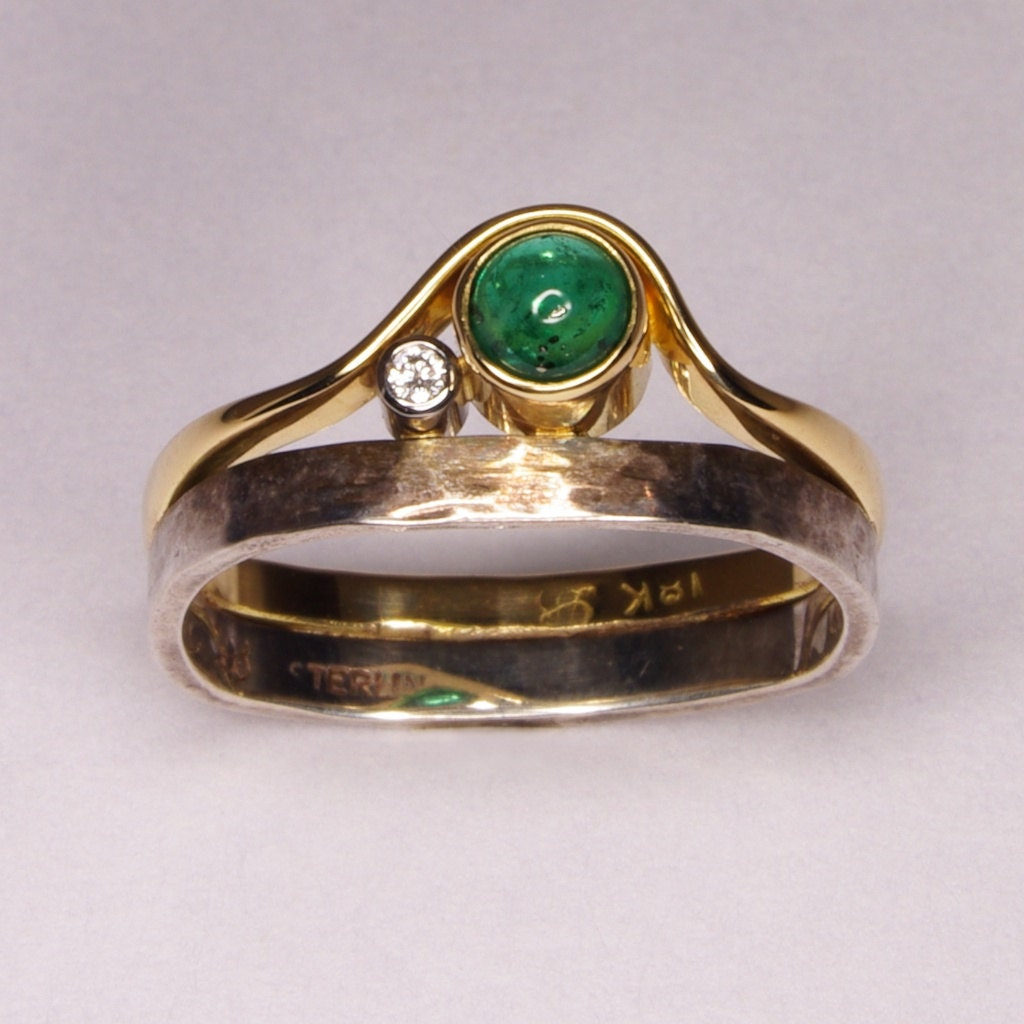emerald canadian road ring 18k by