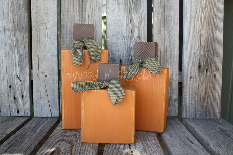 XL Wood Pumpkin set . . . great center piece all together or seperate (: