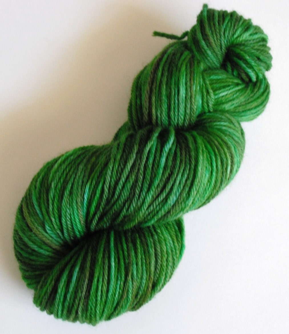 Hand-Dyed Summer Grass Worsted Yarn - DyeGeek