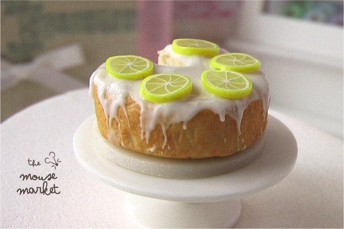 Springtime Lemon Chiffon Cake (1/12 scale)