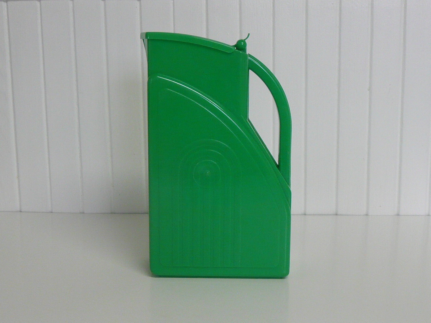 RARE 1950s Art Deco Plastic Pitcher, Tall, Green - Vintage Travel Trailer and Home Decor - NewLIfeVintageRVs