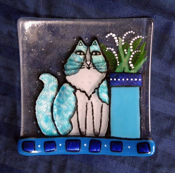 Fused Glass Cat Art Plate/ Turquoise Blue with Dichroic Accents - SusanFayePetProjects