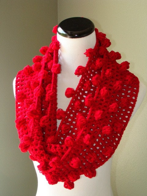 Cowl, Red Pompon Scarf, Neckwarmer, wrap