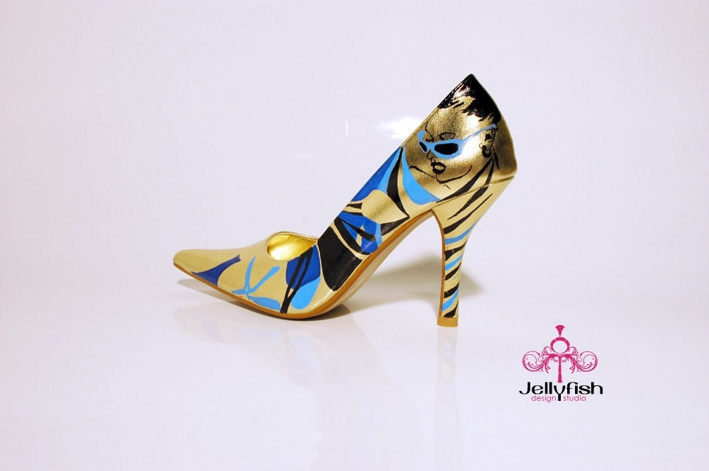 Studio Jellyfish Gold Pumps