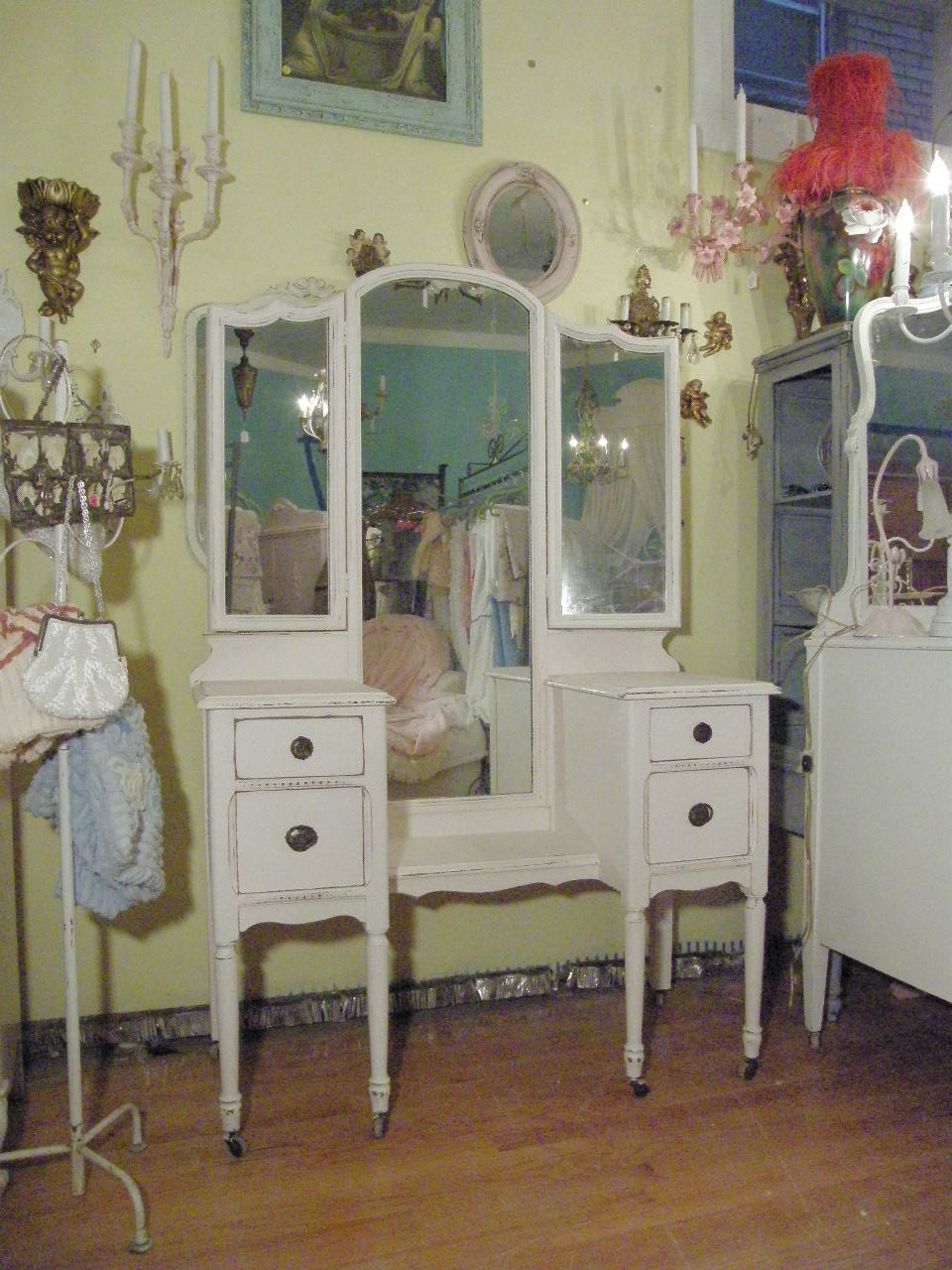 listing for christy antique vanity shabby by