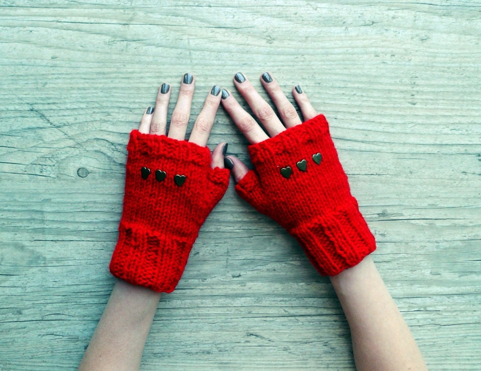 red mittens with studs - red studded fingerless mittens - PauliszkaKnits