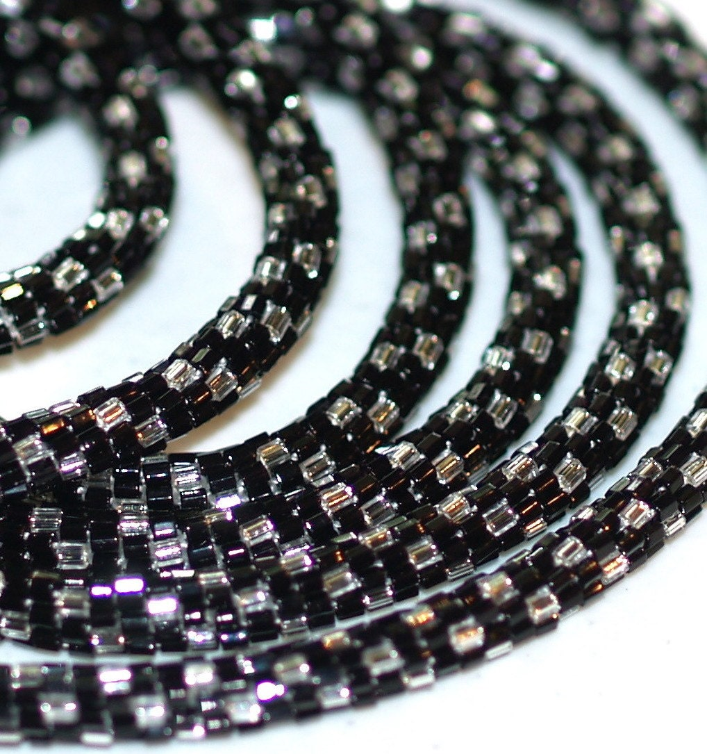 Puttin' on the Glitz - Glamourous, Sexy Bead Crochet Rope in Black and Silver (3237)