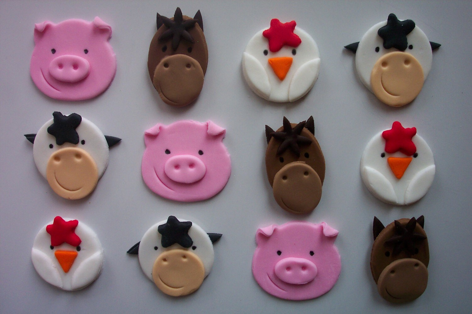 Decorating Ideas > Fondant Cupcake Or Cookie Toppers Farm Animals By Cookiecovers ~ 082523_Fondant Cake Topper Ideas