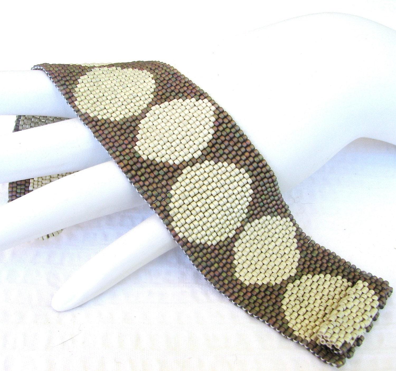 Romantic Circular Games Peyote Cuff Bracelet (2418)