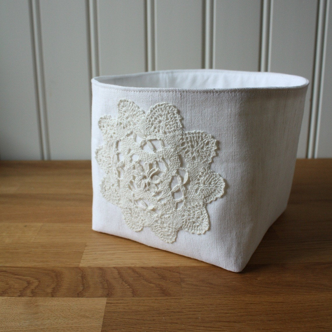 linen and lace -storage bin, small