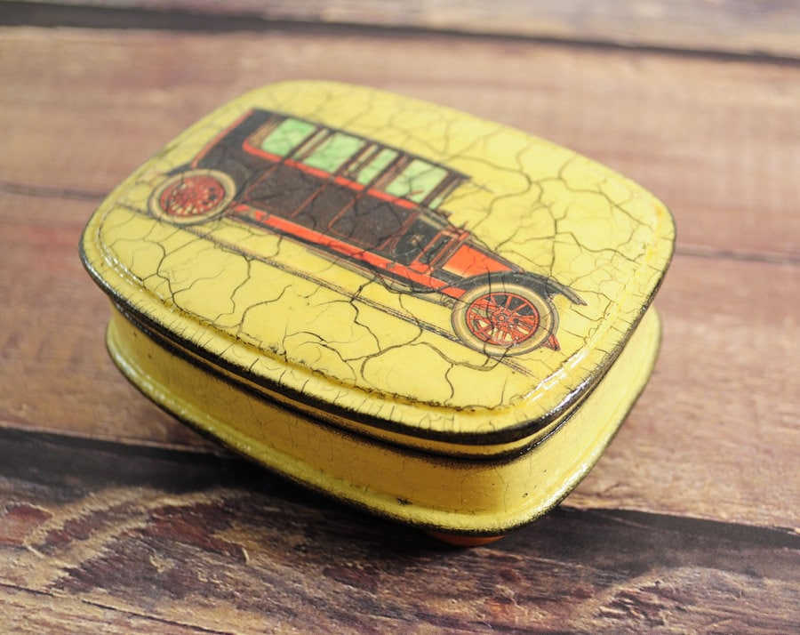 Retro car auto - small box for jewelry in vintage style - ready to ship - gift idea for him, father's day, dad, man, for her, mobile,