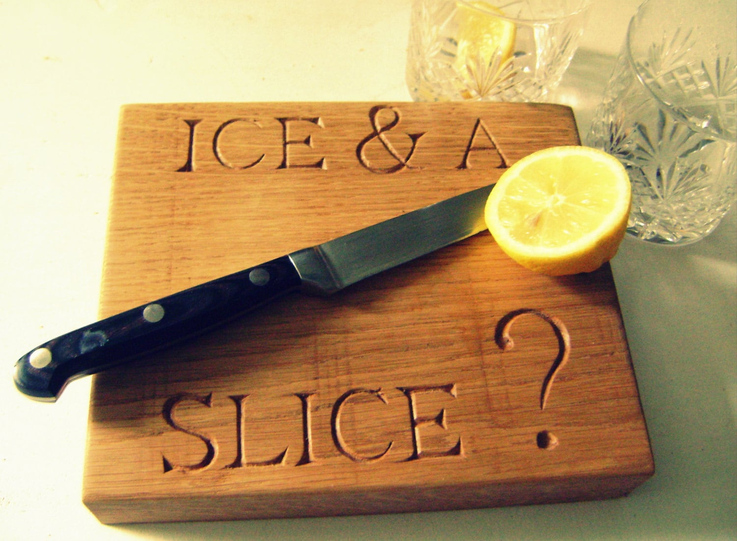 Small Hand carved oak chopping/ cutting board 'Ice & A slice' - SarahGossWoodcarving