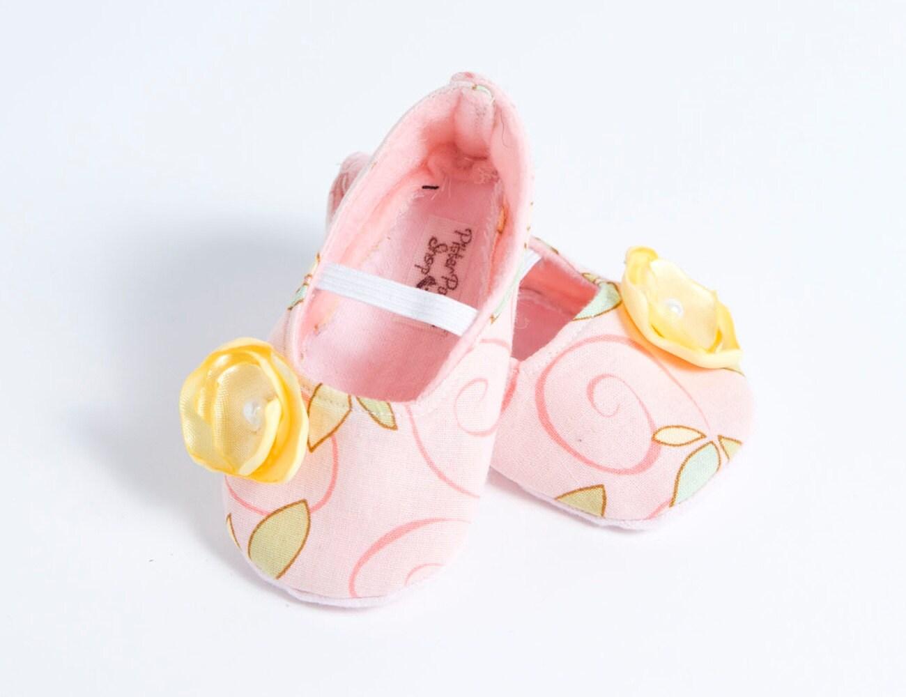 JULIA ELIZABETH-Pink, Yellow, Floral Baby Girl Bootie