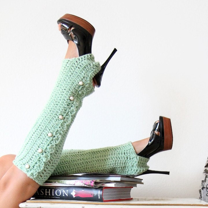 Honey Dew Leg Warmers with Stirrups and Buttons by Mademoiselle Mermaid