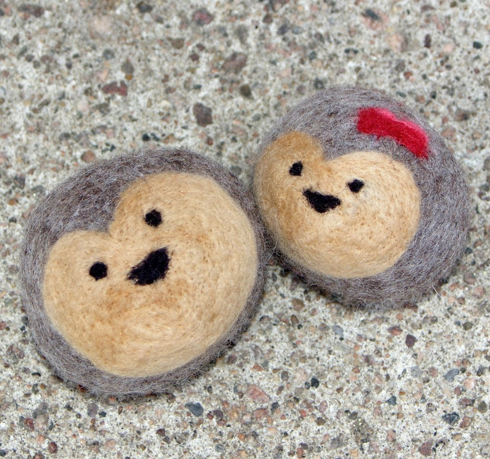Hedgehogs in Love (Pair of Felted Wool Balls)