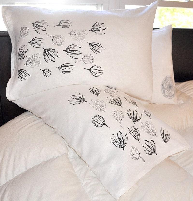 Daisy Standard Pillowcases (pair)