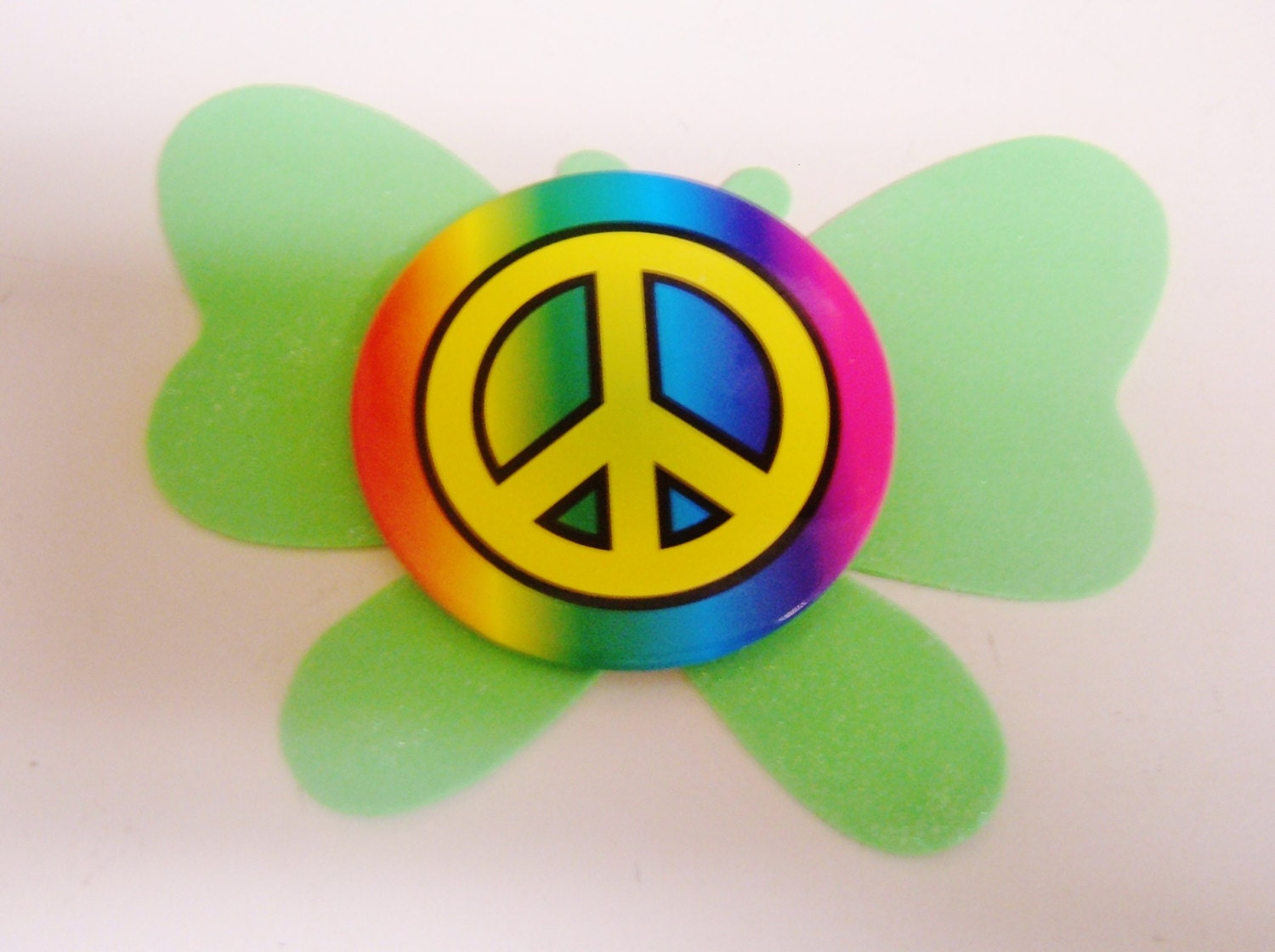 1970s  BiG Peace Sign Pin Back  Multi-Color, Hippies, Peace, Love - BabyBoomerVintage