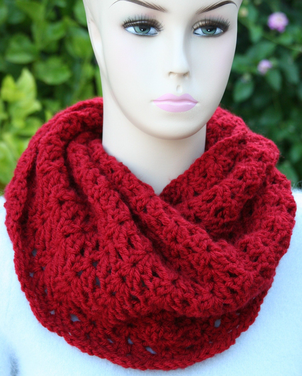 Crochet Cowl Pattern with Infinity Loop | JJCrochet's Blog