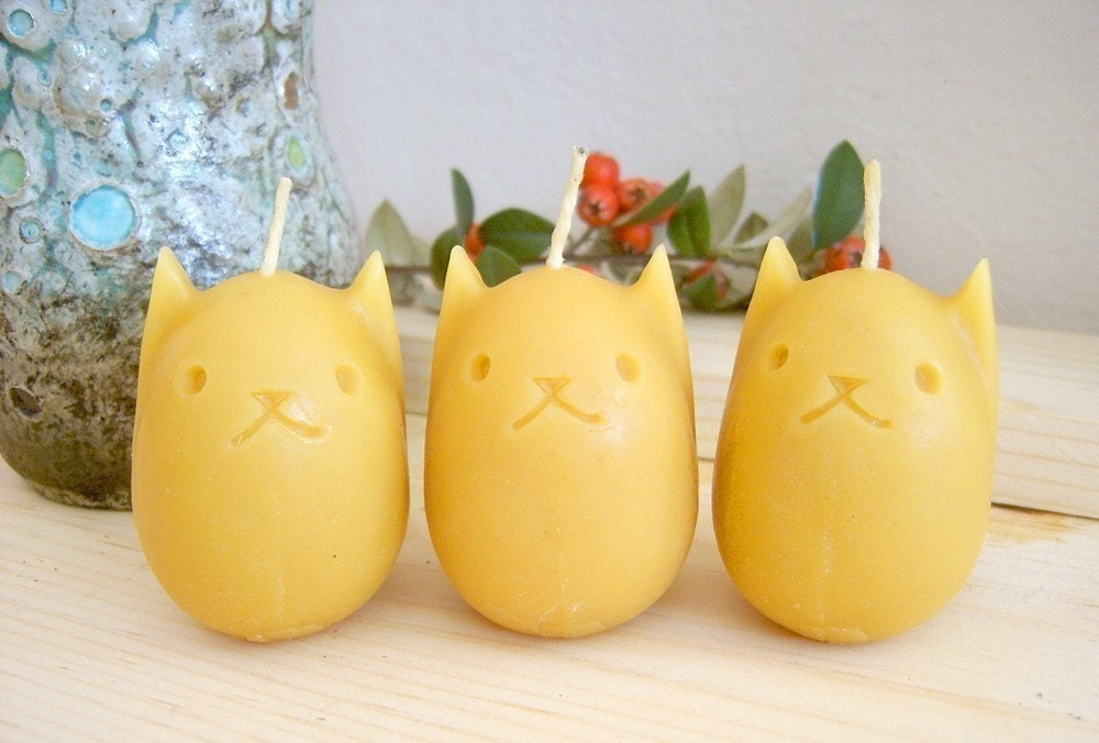 Kitty Egg Beeswax Candles - Set of 3