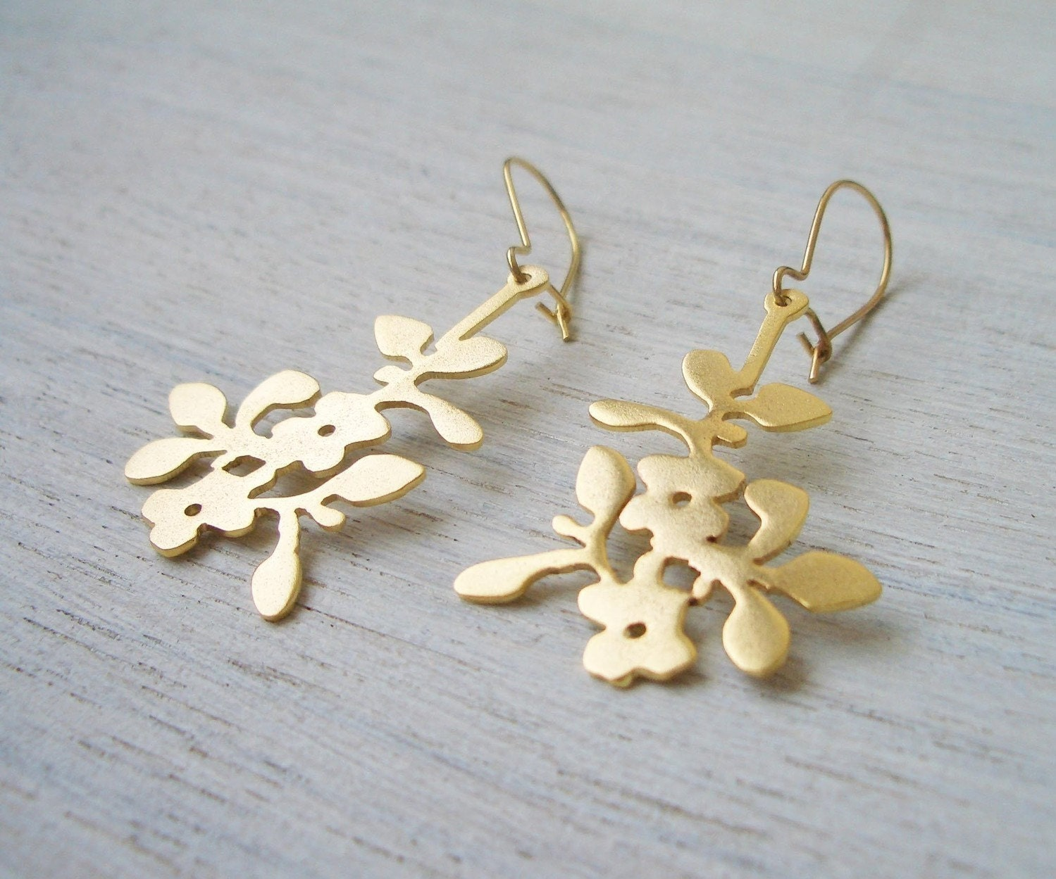 Geranium Earrings in Matte Gold