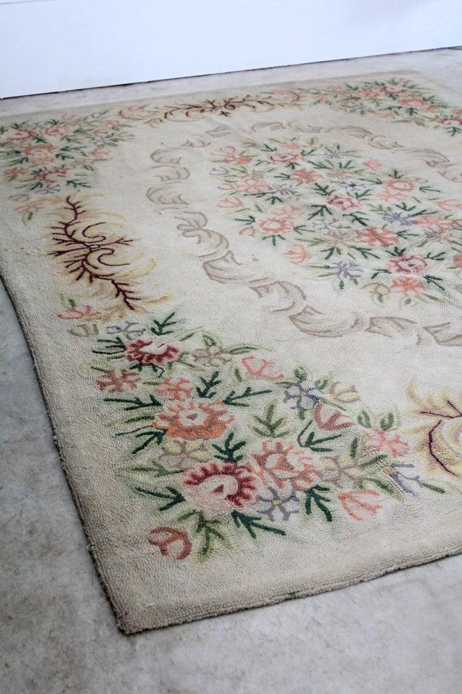 Vintage Hooked Rug / Floral Room Rug - 86home