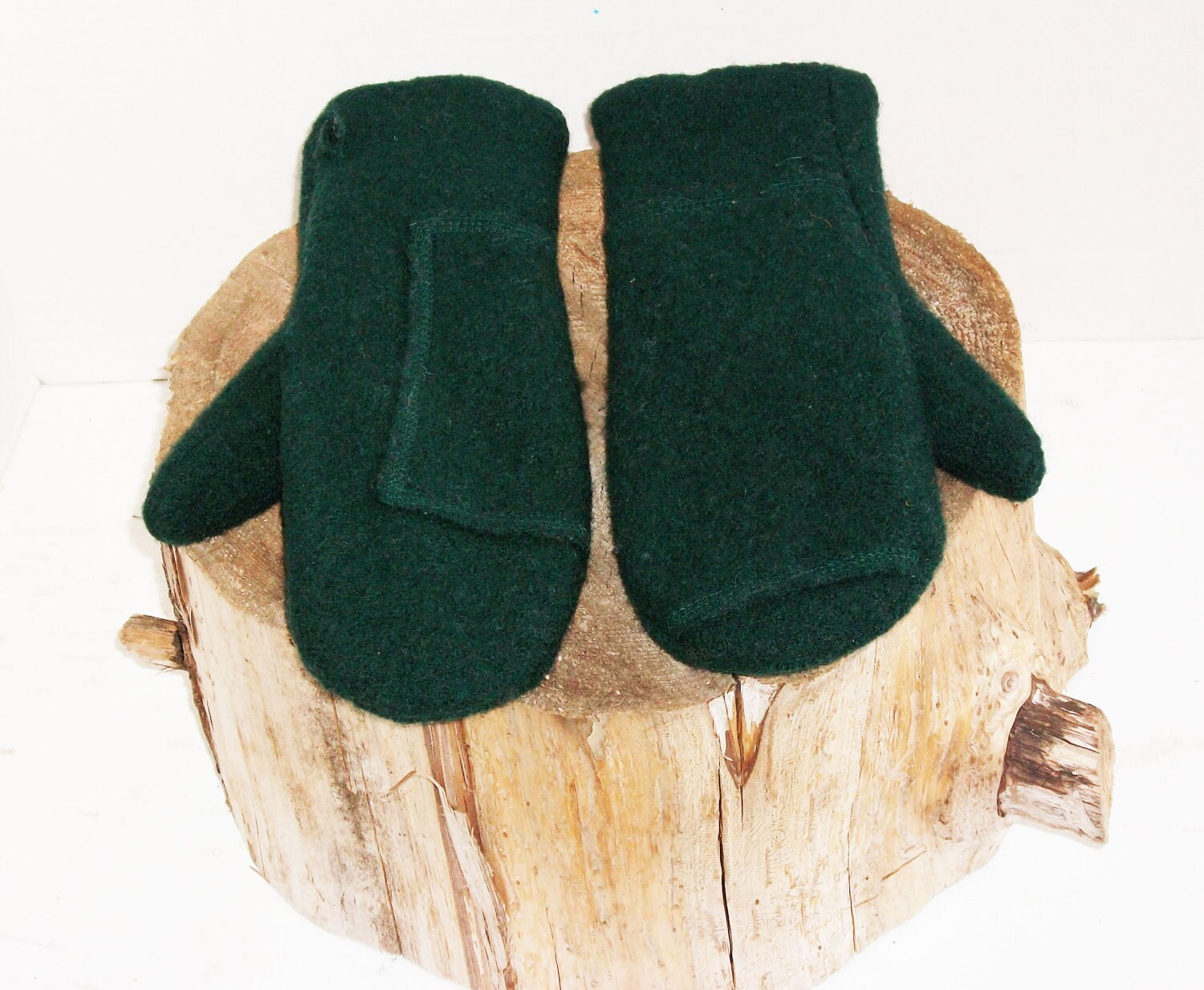 Womens recycled wool sweater mittens forest green - RecycledandResewn