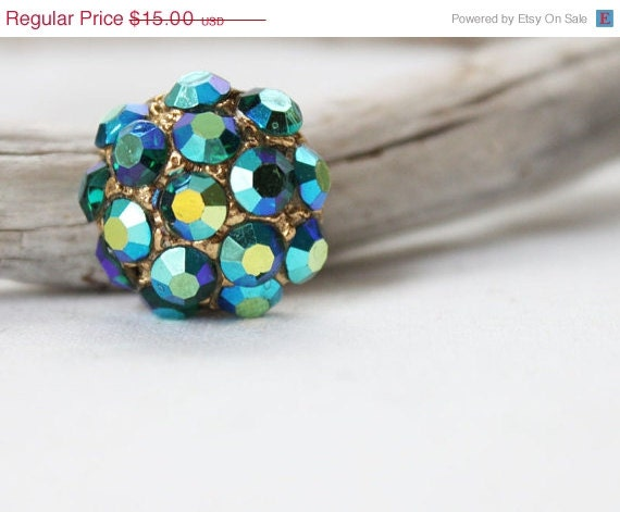 Blue Green Aurora Borealis Petite Vintage Brooch - SpruceCove