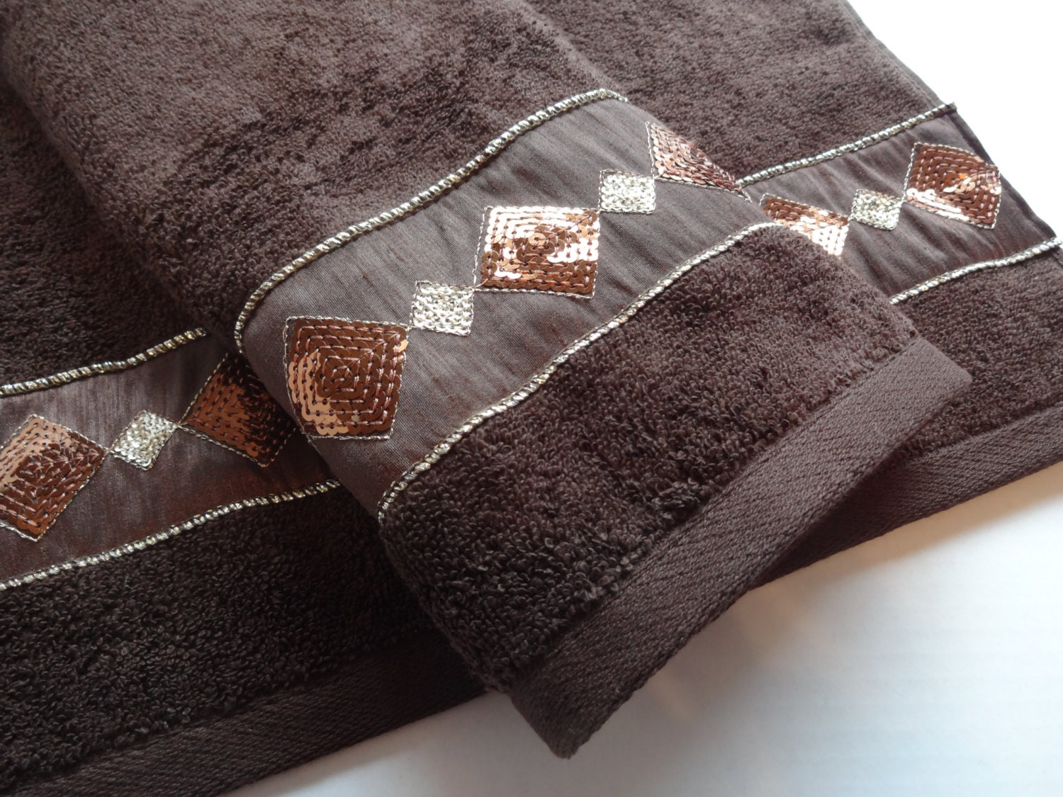 Brown and gold bath towels bathroom bath towels hand by for Brown and gold bathroom sets