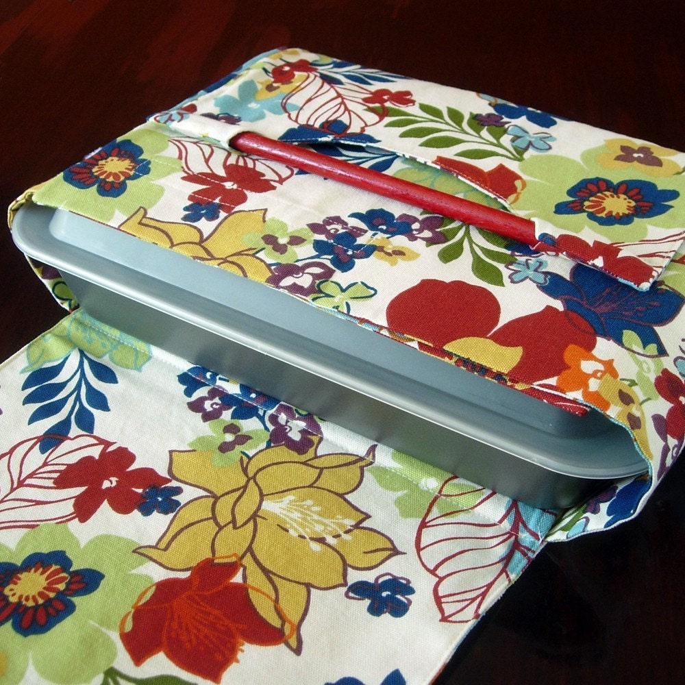 Potluck dish carrier - Multicolored Tropical Flowers - Available in several fabrics