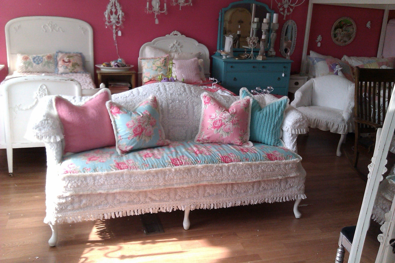 shabby chic sofa couch chenille bedspread by vintagechicfurniture. Black Bedroom Furniture Sets. Home Design Ideas