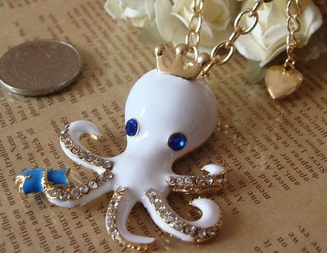 Cute---golden white octopus pendant necklace(with gift box package)