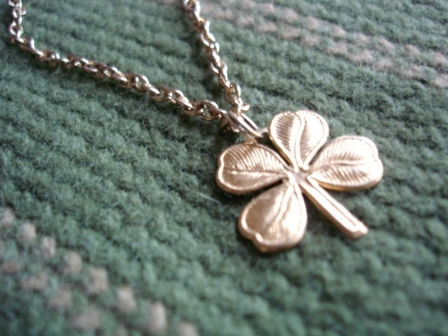 gold plated ST PATRICKS DAY four leaf clover SHAMROCK necklace