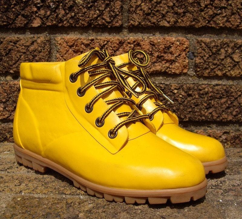 Vintage Yellow Rubber Rain Boots Sz 8 38.5